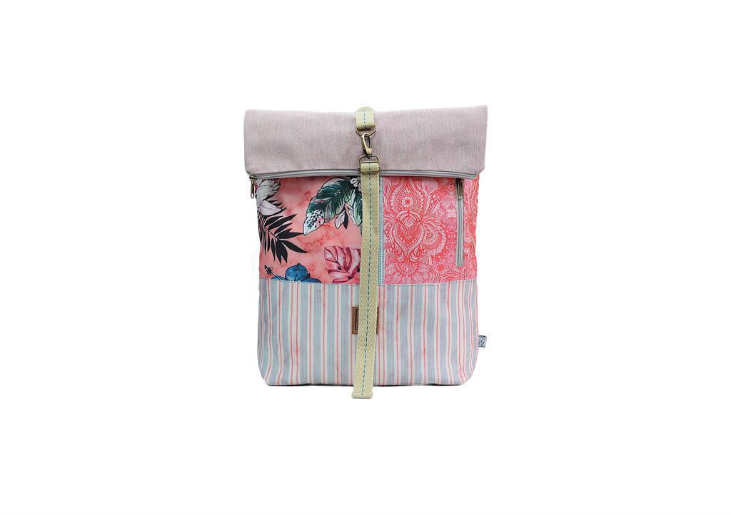 2d4f254a1e4 Tσάντα πλάτης χειροποίητη από printed ύφασμα & υδρόφοβα υλικά